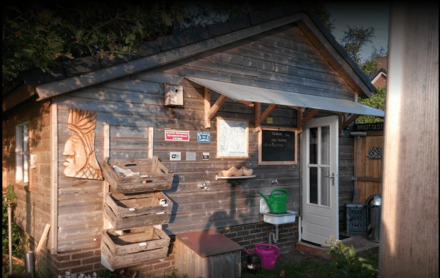 Faciliteiten camperplaats ittervoort - Toilet faciliteiten ...